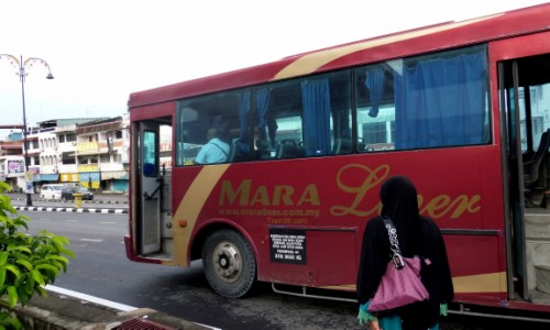Mara Liner bus from Padang Besar to Kangar
