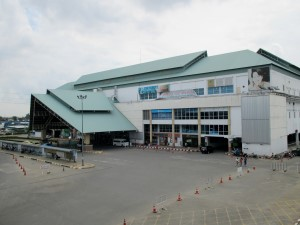 photo of the front of the Southern Bus Terminal Bangkok