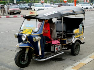 Tuk Tuk arriving at the airport