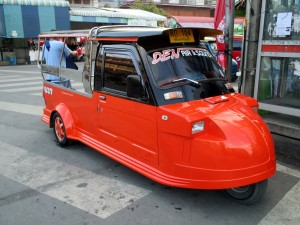Tuk Tuk - frog or pig kind of shape?