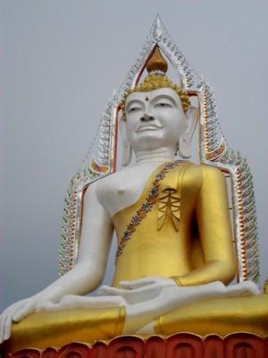 big Buddha statue at Wat Khun Chan