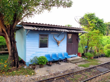 A lovely little train station on the Wongwian Yai Maha Chai line