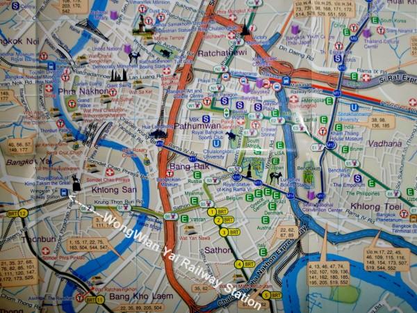 Bangkok map with Wongwian Yai Railway Station