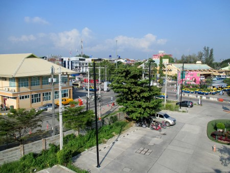 Photo of the Arcade Bus Station in Chiang Mai (view of both terminals)