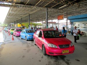 Metered Taxi lane by the arrivals platforms