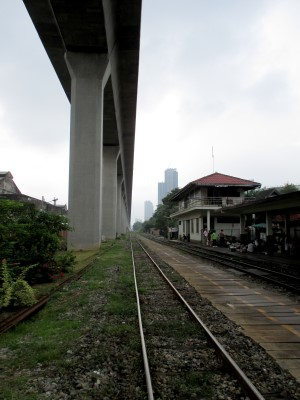 The Eastern Line tracks running parallel below the elevated Airport Rail Link